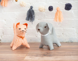stuffed animals cat and dog