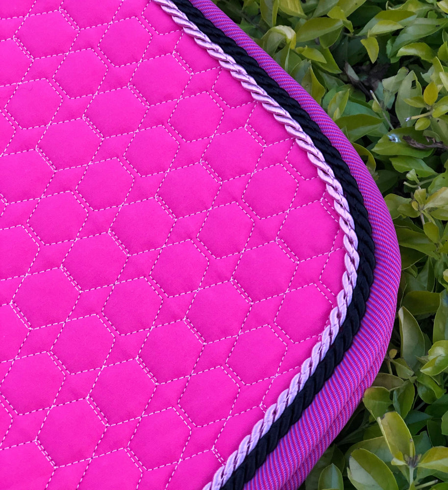 Load image into Gallery viewer, E.A. Mattes Jumping Eurofit Saddle Pad Medium / Orchid - NextGen Equine