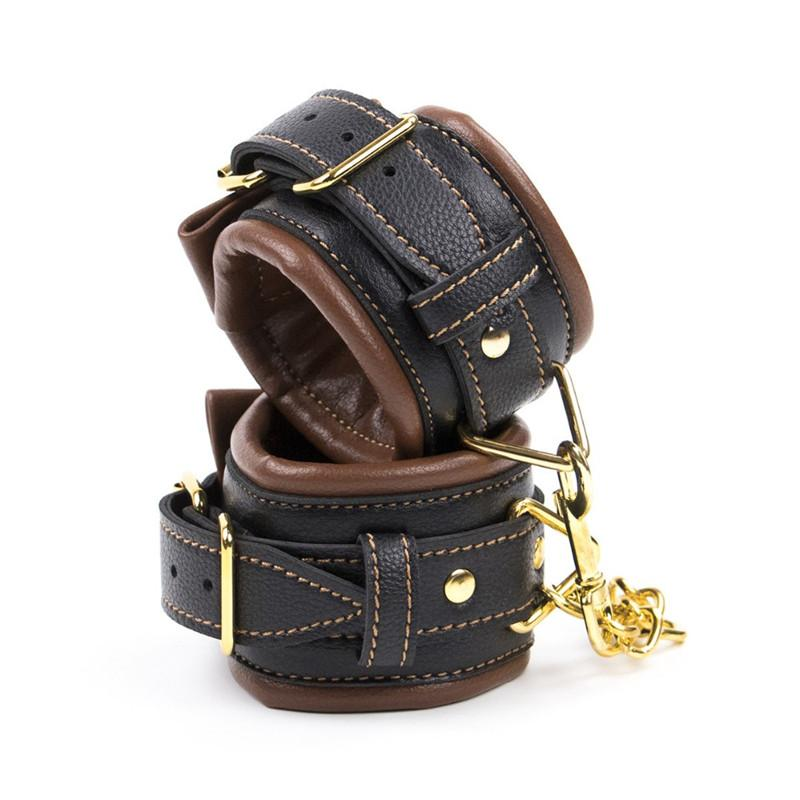 leather collars set