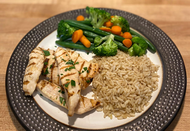 """Plain Jane"" Grilled Chicken Strips with Brown Rice, Green Beans, Broccoli & Carrots"