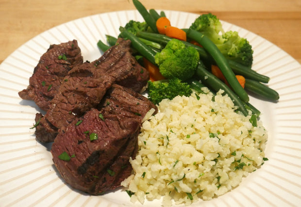 """Plain Jane"" Grilled Steak Tips with Cauliflower Rice, Green Beans, Broccoli & Carrots"