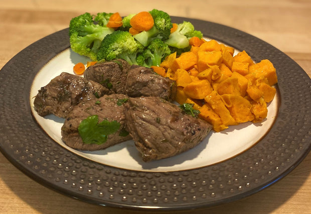 Italian Herb Steak Tips With Sweet Potato, Broccoli and Carrots