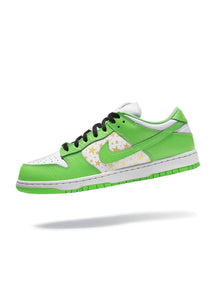Nike SB Dunk Low Supreme Mean Green