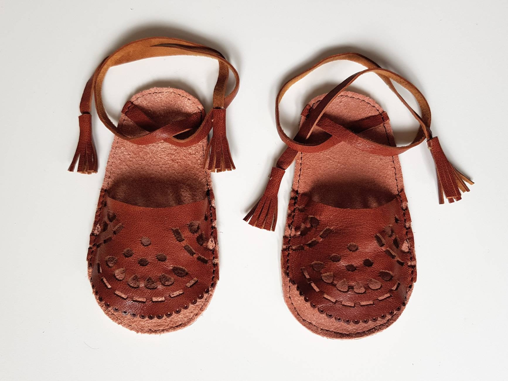 58c9fe0d53e2 Leather Baby girl sandals - Mika   Meia
