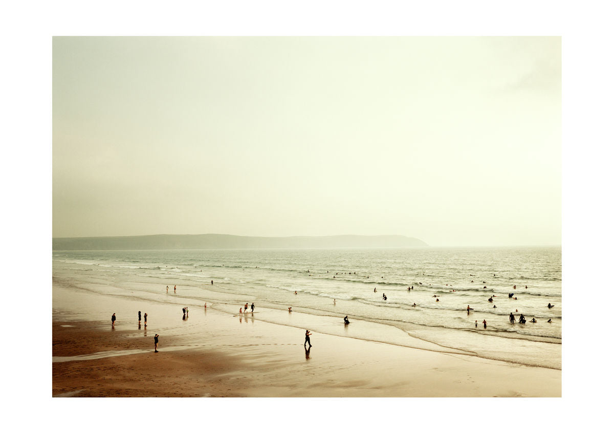 BEACH & SURFERS - WOOLACOMBE