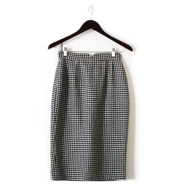 Houndstooth Two