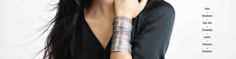 Akakpo Narrow Cuffs