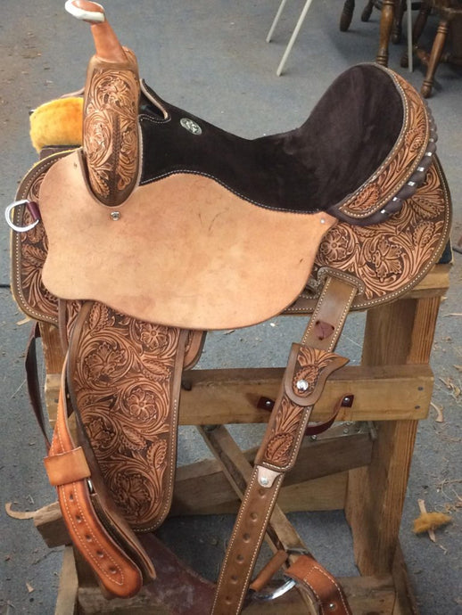 Saddle 23 (Base price + $1900)