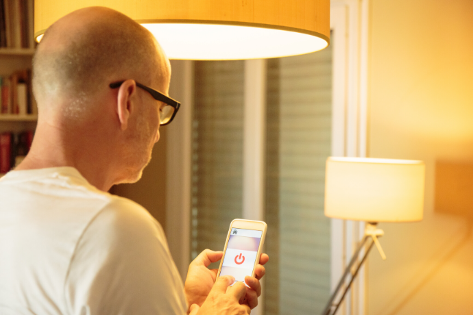 How do Smart Home Light Bulbs Work? | BAZZ Smart Living