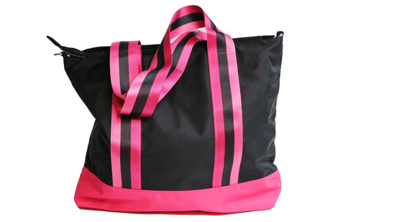 Sepino shopper Monica Black
