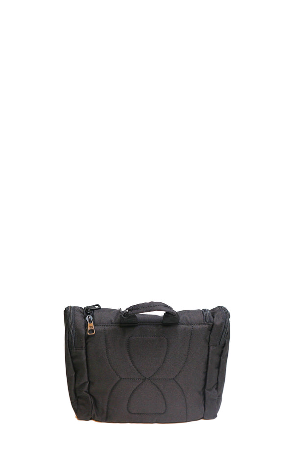 CORE7015-01 TOILETCASE L / Black