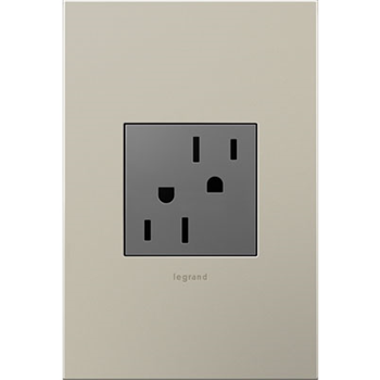 Outlet-Mag-370x400