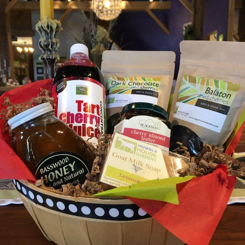 the Bountiful Deluxe gift basket
