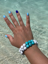 Load image into Gallery viewer, Howlite & Amazonite Healing Crystal Gemstone Bracelet