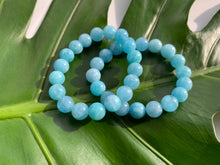 Load image into Gallery viewer, Aquamarine Healing Crystal Gemstone Bracelet