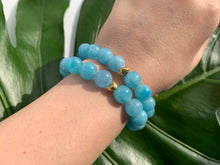 Load image into Gallery viewer, Aquamarine Healing Crystal Gemstone Gold Charm Bracelet