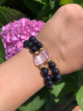 Load image into Gallery viewer, 8mm Blue Sandstone and Raw Lavender Kunzite Healing Crystal Bracelet