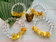Load image into Gallery viewer, Yellow Orange Natural Amber and Quartz Gemstone Bracelet