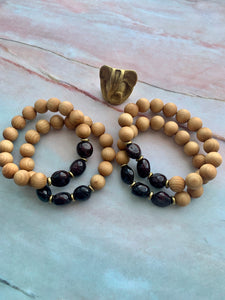 Garnet Healing Crystal Gemstone Nuggets & Sandalwood Beads Bracelet