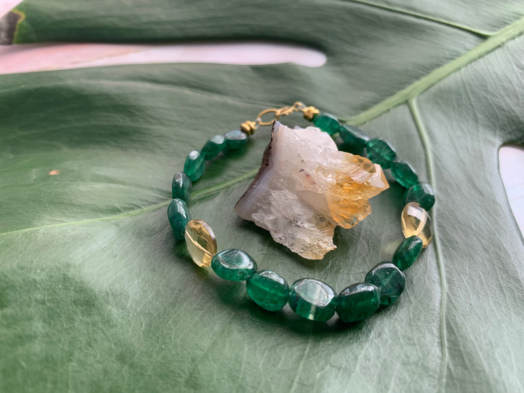 Green Strawberry Quartz Healing Crystal Gemstone Beads Gold Bracelet