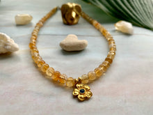 Load image into Gallery viewer, Citrine Healing Crystal Gemstone Beads & Gold Flower Choker Necklace