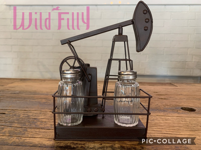 Oil Pump Salt & Pepper Shaker