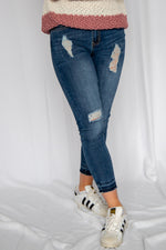 Feeling Blue Distressed Jeans