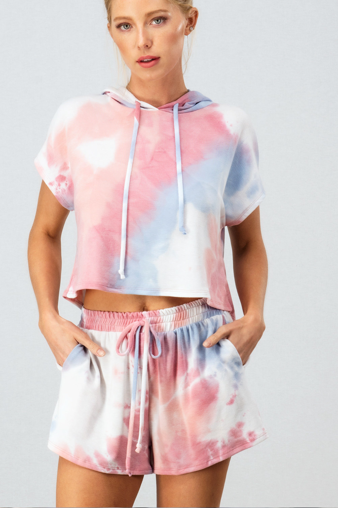 On Cloud 9 Cropped Top