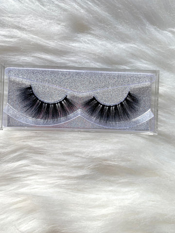 """Sweetie"" Mink Lashes - Officially Conceited"
