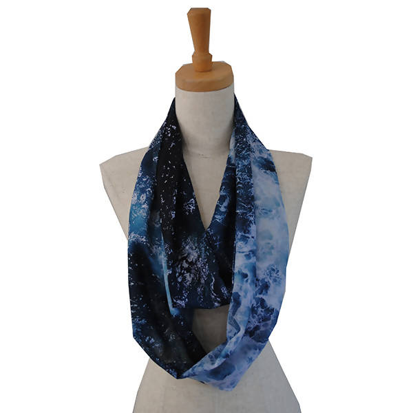 Loop Scarf in Ocean Print