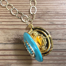 Load image into Gallery viewer, Enamel lucky horseshoe locket necklace