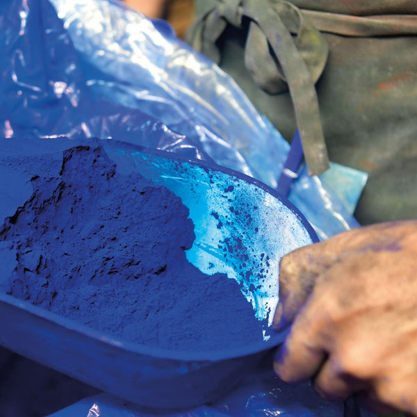 Scoop of blue pigment