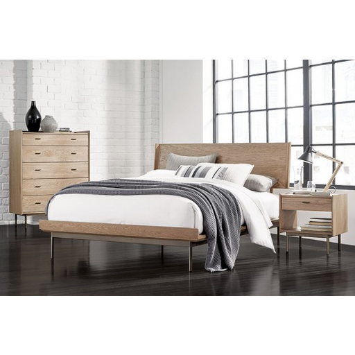 Finley Panel Bed