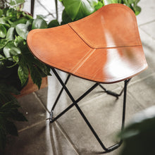Load image into Gallery viewer, Leather Stool - Pampa Flying Goose