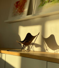 Load image into Gallery viewer, Miniature Butterfly Chair