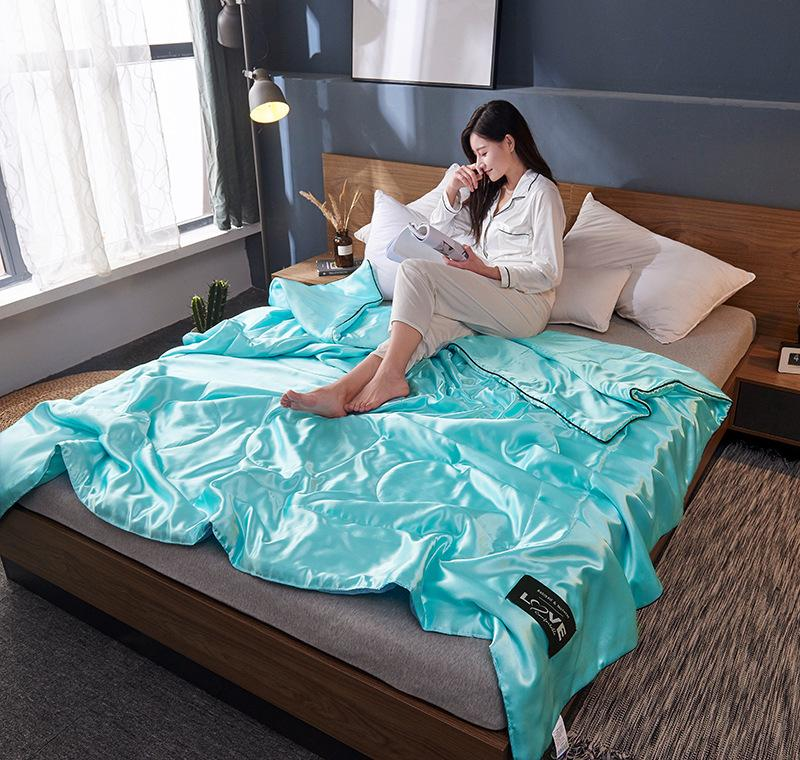 🔥Free Shipping🔥-✳Healthy Sleep✳ -Original Silk Ice Soft Cozy Summer Air Conditioning Quilt-Sexy Luxury Silk(Summer Time Limit-50% OFF )