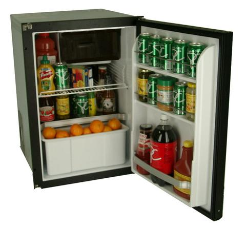 100L Fridge/Freezer - NovaKool R3800