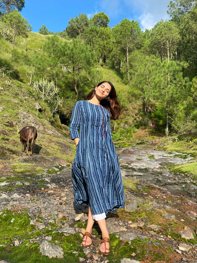 Perfectly clicked snap of Ruhani Sharma slaying her day out in the nature