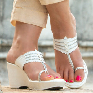 CONSTELLATION WHITE KOLHAPURI WEDGES