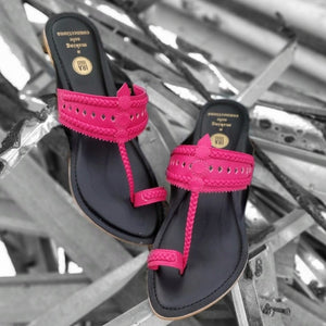 WILD BERRY FAUX LEATHER KOLHAPURI