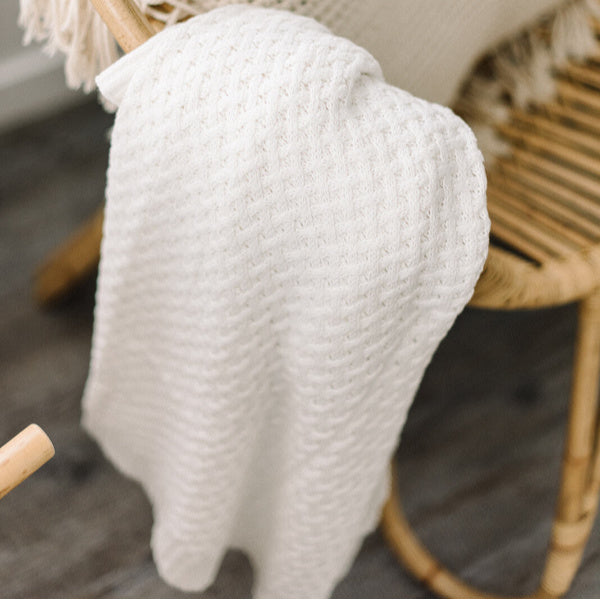 Snuggle Hunny Kids | Diamond Knit Blanket | Cream | White Fox & Co