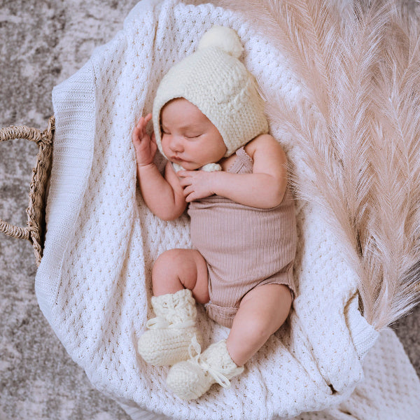 Snuggle Hunny Kids | Diamond Knit Blanket | White | White Fox & Co