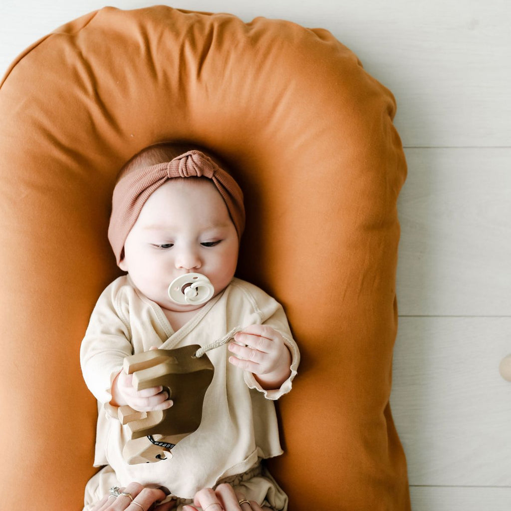 Snuggle Me Organic | Infant Lounger Bundle | Ember (pre-order) | White Fox & Co
