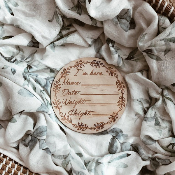 "Hello Fern | Wooden ""I'm Here'' Birth Announcement Disc 