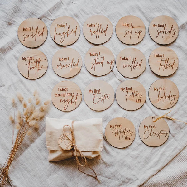 Hello Fern | Wooden Milestone Discs | Wooden Milestone Cards | White Fox & Co