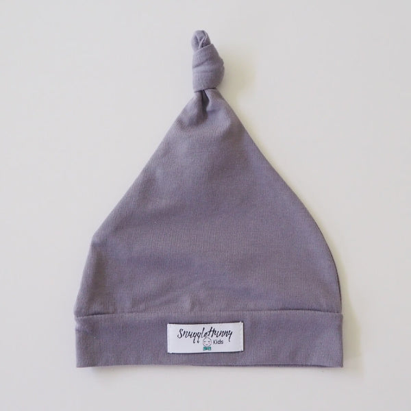 Snuggle Hunny Kids | Knotted Beanie in Grey | White Fox & Co