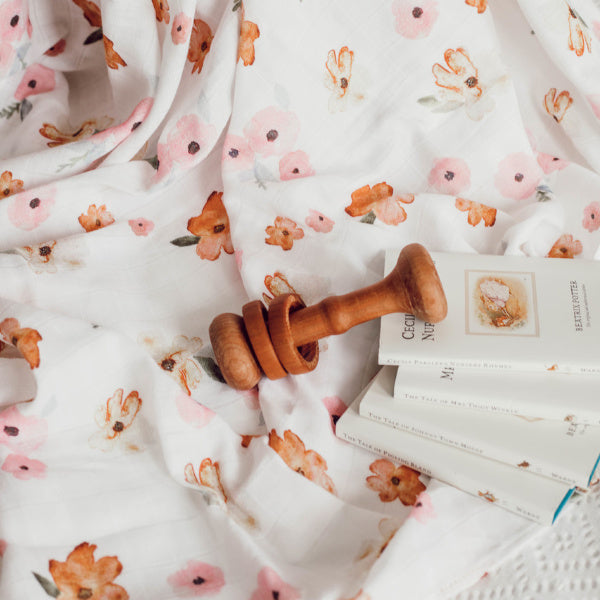 Snuggle Hunny Kids | Organic Muslin Wrap | Poppy | White Fox & Co