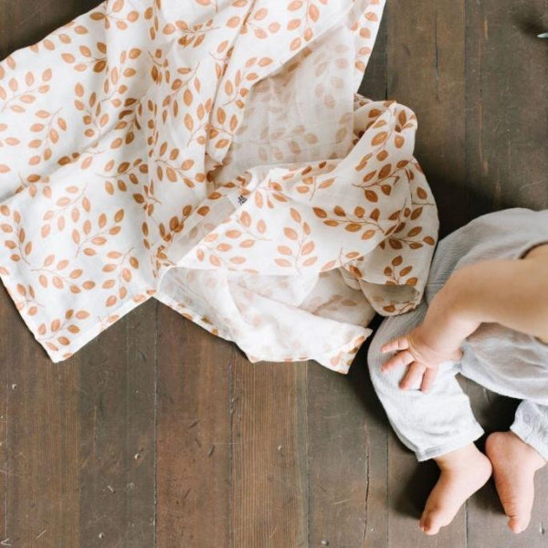 The Mini Scout | Swaddle | Leaves | Amber