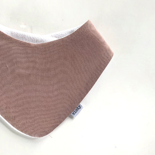 Vinty Bib | Pink | White Fox & Co