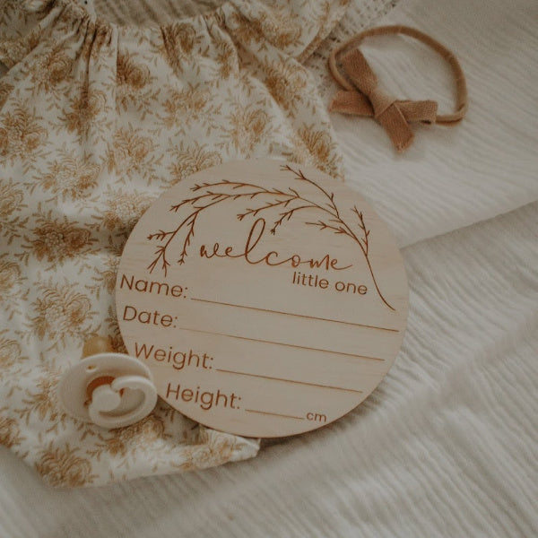 Hello Fern | ''Welcome to the World'' Birth Announcement Disc | Whimsical | White Fox & Co